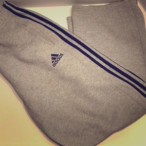 Grey / black stripes Adida Sweats